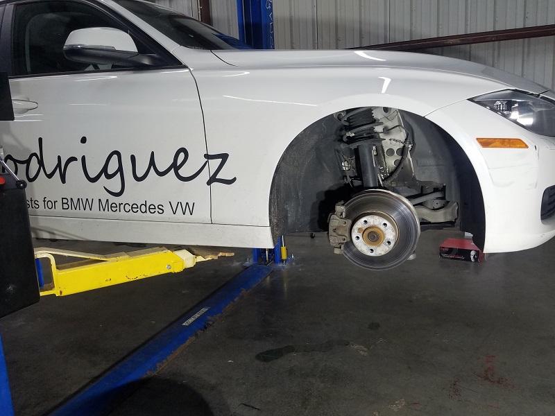 328d stock brakes installed